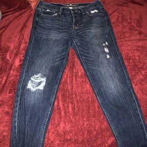 Abercrombie & Finch Boyfriend Jeans